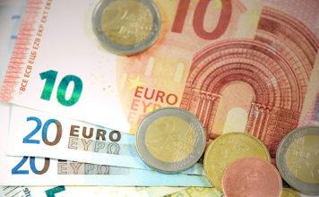 Jak szybko i tanio zlecać przelewy euro?